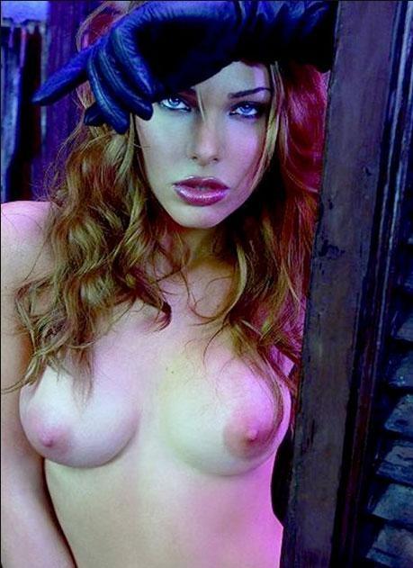 Ilary Blasi Nuda Gossip Foto Italia News Notizie Vanity Fair Anni