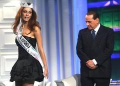 In Francia operai a rischio licenziamento mandano 187 pannolini alla Carla Bruni. In Italia i disoccupati che mandano al nostro Governo?